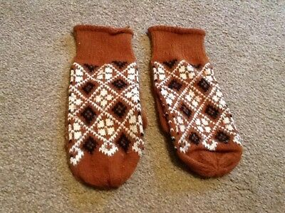 Vintage brown mittens