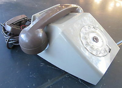 collectors 1960's/70's unusual British G.E.C. 42T ATT , dial telephone