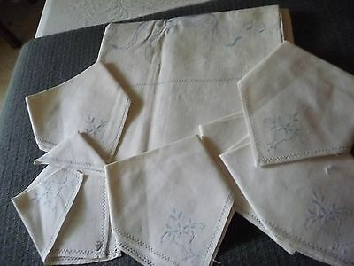 #611G vtg linen tablecloth w 6 napkins blue thread emboidered pulled thread 46""