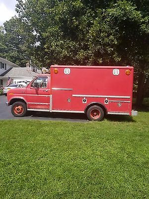1983 Ford E350 Ambulance