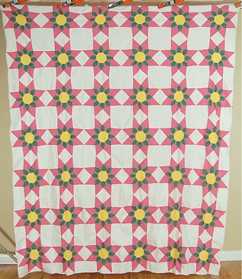 EYE CATCHING Vintage 30's Touching Stars / Star Flower Antique Quilt Top!
