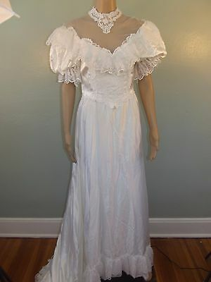 Vtg~1980s~JC PENNEY~High Collar/Lace Victorian Inspired~Wedding Gown/Dress~9/10