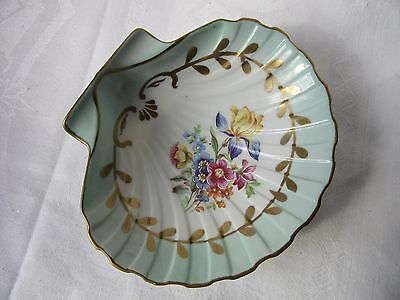 Royal Pm Coupelle  Vide De Poche  Hand Painted Pin Shell Dish German Origin