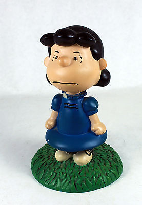 """Charles Schulz """"Peanuts"""" Bobble Dobbles Of Lucy Bobblehead Figurine"""