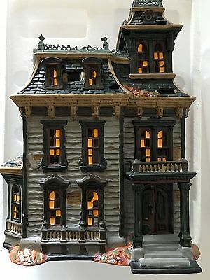 Dept 56 Mordecai Mansion Spooky Sounds Flashing Lights #4025337 Mib Retired!