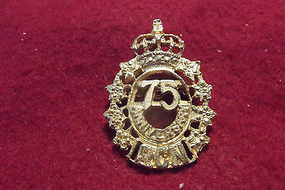 Queens Crown Era Cap Badge/Pin To The Royal Canadian Navy 75th Anniversary