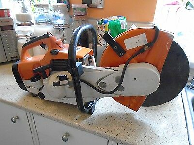 Stihl Ts 400 Stone Saw / Disc Cutter, Plus 2 New Cutting Discs For Stone