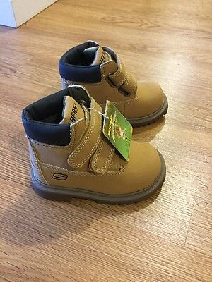 NWT Boys Toddlers Boots Shoes Skechers Brazenly Brown Pair Size 5 New Cute