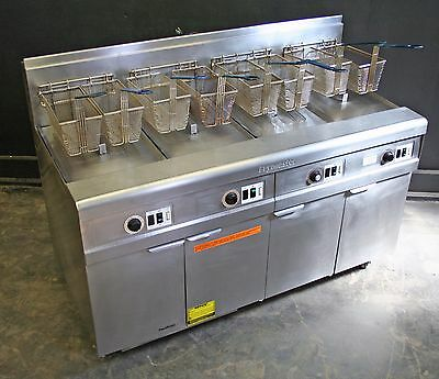 Frymaster Gas Deep Fat Fryer - 4 Well Unit – Foot Print Pro Filtration System