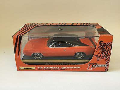 Pioneer P005 - 68 Bengal Dodge Charger - street muscle 1968 (Scalextric)