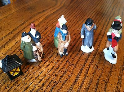 Dept 56 Heritage Village Christmas Lot of 5  Accessories/People