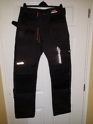 SCRUFFS Trade 3d Work Trousers Size 36/R   Graphite/ Black  BNWT slight damage