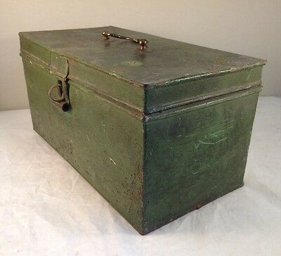 Vintage Green Metal Deeds Box Retro Jewellery Collectables Brass Handle Metal