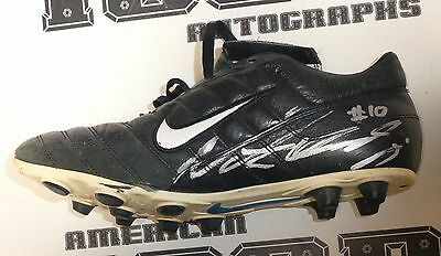 1d1c197e342 Nate Kaeding Signed Chargers Football Game Used Cleats Nike Shoe BAS  Beckett COA