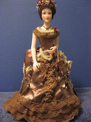 """Florence Maranuk 10"""" Half Doll in Brown 1890's gown"""