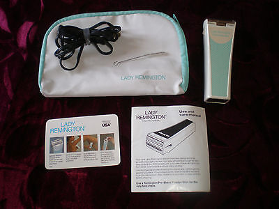 Vintage LADY REMINGTON Rechargeable Razor Complete Set Model #6B2L Made in USA