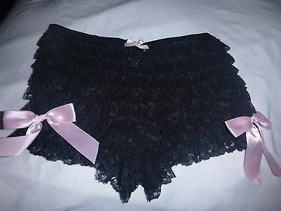 Vtg Frederick's Of Hollywood Black ruffled layered lace Med Pink bow side detail