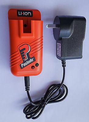 PASLODE 902661 LI ION Charger Base and 240V AC Adapter BRAND NEW