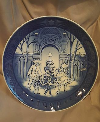 "Bing & Gondahl/Royal Copenhagen 1990 Plate ""Christmas at Tivoli""- NEW IN BOX"