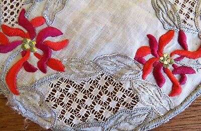 Antique Doily Society Silk Hand Embroidered Linen Lace Drawnwork Table Mat 6 1/2