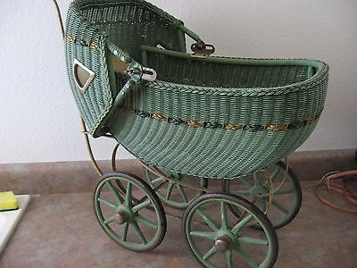 Antique 1920's FA Whitney Wicker Doll Carriage Co., MA, USA
