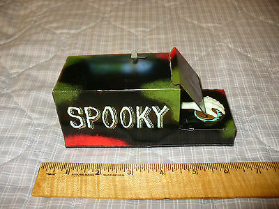 Vintage SPOOKY Fingers Bank FRANKONIA 1960s Japan Tin Wind Up