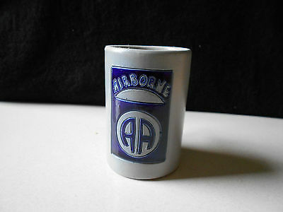 Ancienne Chope Airborne / Old Mug Airborne