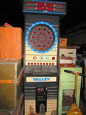 Valley Electronic Darts Cougar Commercial Dart Board Arcade Game