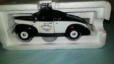 Motor Museum 1948 Ford Coupe Fairview  Police Car 1/32