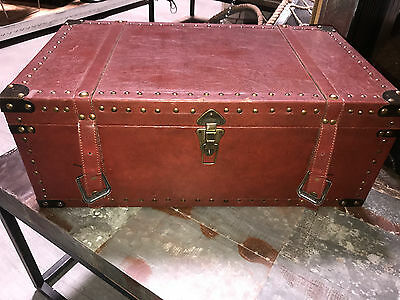 wood leather trunk 32'