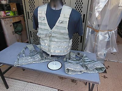 3..three.military Surplus Fighting Load Carrier Vests Molle Ii Acu Army Hunting