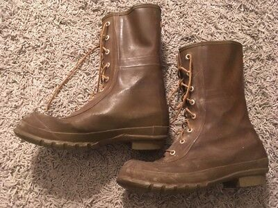 VINTAGE MENS CONVERSE Insulated Hunting Olive Green Rubber