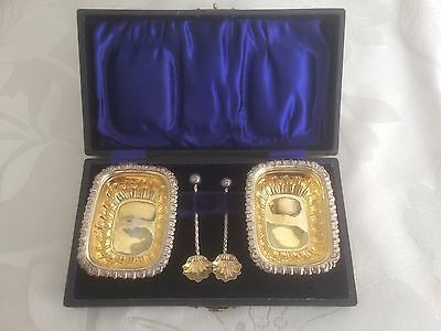 Pair of Cased Antique Sterling Silver Gilt Mustard Dishes with Spoons 1899