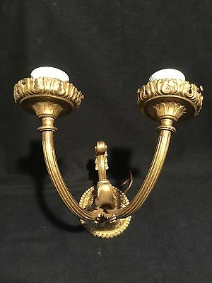 Ancienne applique double, fixation ovale / Old bracket doubles, oval fixing