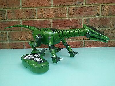 WowWee Roboraptor Green Dinosaur Raptor Remote Control Toy Battery Operated