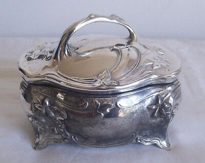 Antique silver plate Trinket box maker Jennings brothers 1900,s