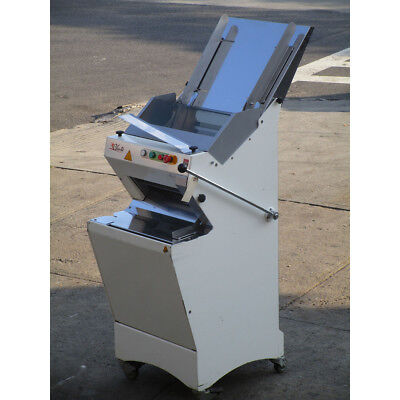 JAC Bread Slicer Model LCL-450/13, Excellent Condition