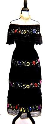 VTG Mexican DRESS BLACK color HAND Embroidered LACE Floral Peasant Cotton 1 Size