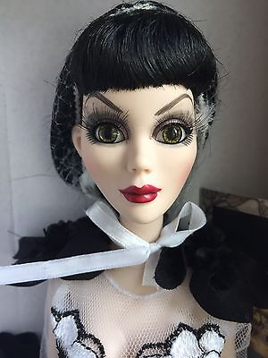 "Tonner Wilde Imagination Evangeline Ghastly EVENING NIGHT SHADE 18.5"" Doll NRFB"