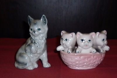 Vintage Porcelain Cat And Kittens Figures  Great  Condition