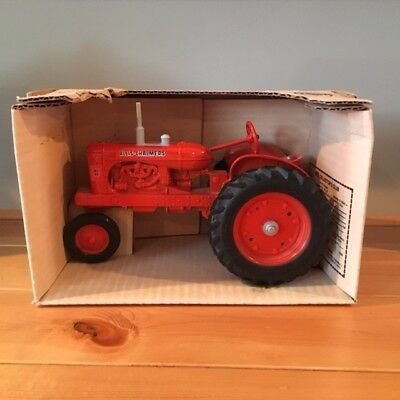 ERTL Allis-Chalmers WD-45 Antique Toy Tractor Collectible