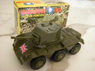 Rad-Panzer mit Friktion - Made in Hong-Kong ca. 1975 Neu/OVP Ladenfund NOS