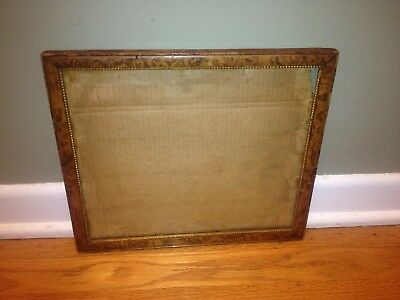 Wonderful Antique Early 20th Century Wooden Frame Gold Border 12.75X11 inches