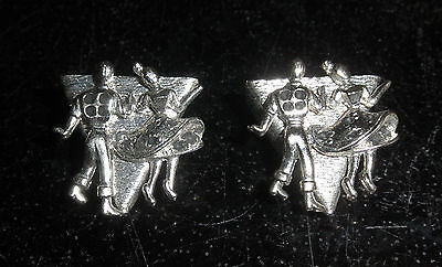 Silvertone Square Dancing Collar Tips with dancing couple