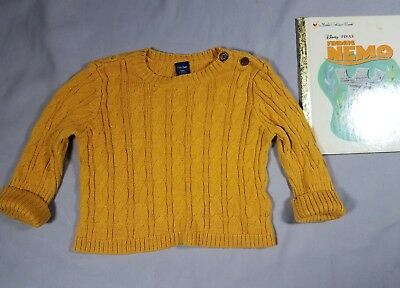 Baby Gap Cable Knit sweater infant sz 3-6mos
