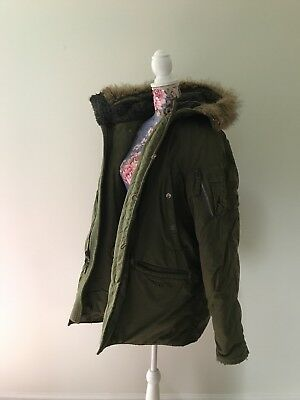 Abercrombie and Fitch Mens Mountain Rescue Field Olive Heavy Duty Coat sz Medium