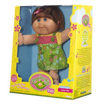 Cabbage Patch Kid - Artsy Girl Doll