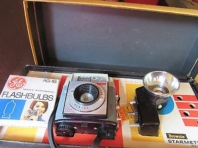Vintage Kodak Brownie Starmeter Outfit - Camera Flash Box