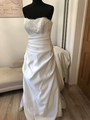 Wedding Dresses x32 brand new In Various Sizes