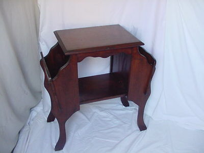 Antique Wood Furniture Vintage Side Or Entry Table Night Stand W/ Magazine Area